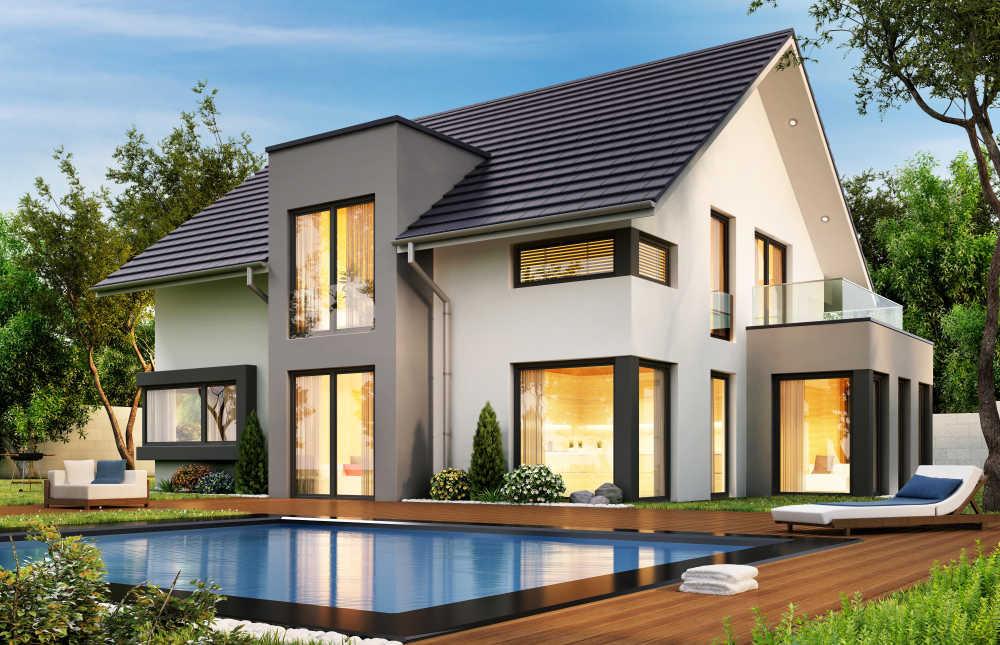 El espacio ajardinado y la piscina juegan un papel clave para potenciar el bienestar en una vivienda